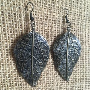 Forever 21 Bronze Leaf Earrings